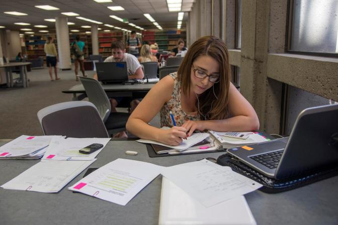 10 Tips for Surviving Finals Week
